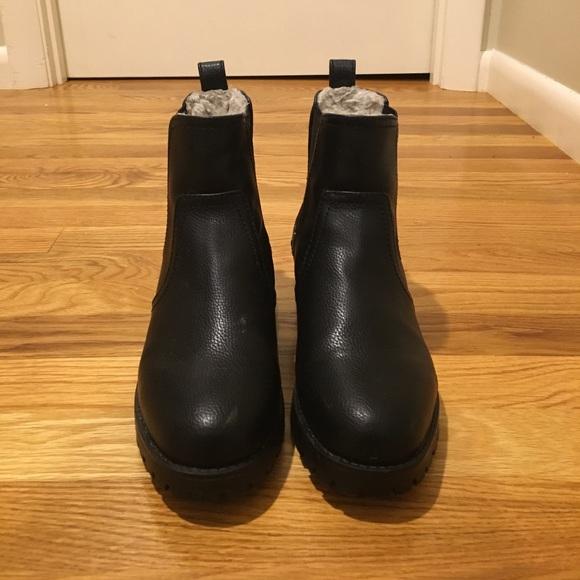 Hm Vegan Chelsea Faux Furlined Boots